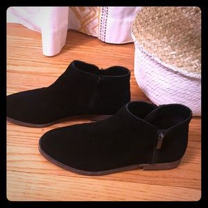 Bevlyn sole society black ankle bootie sz 10